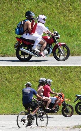 Motorrijders in luchtige kleding