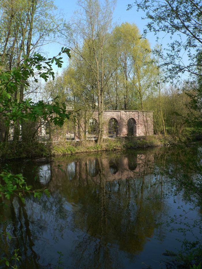 Foto ruïne steenfabriek Utrecht