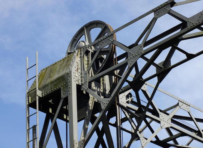 Foto detail metalen hefbrug