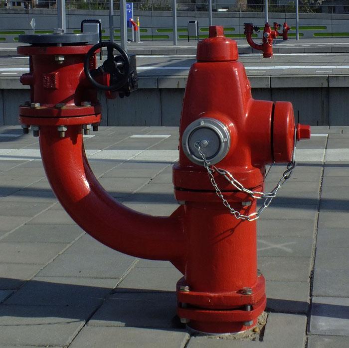Foto van rode brandkranen