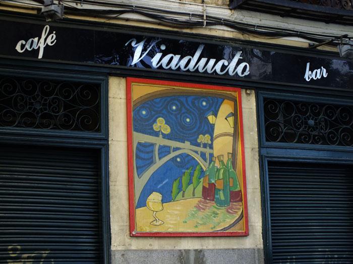 Foto van deel voorgever van café bar Viaducto