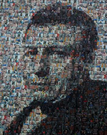 Foto van portret opgebouwd uit portretjes