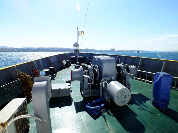 Foto van het voordek van een boot