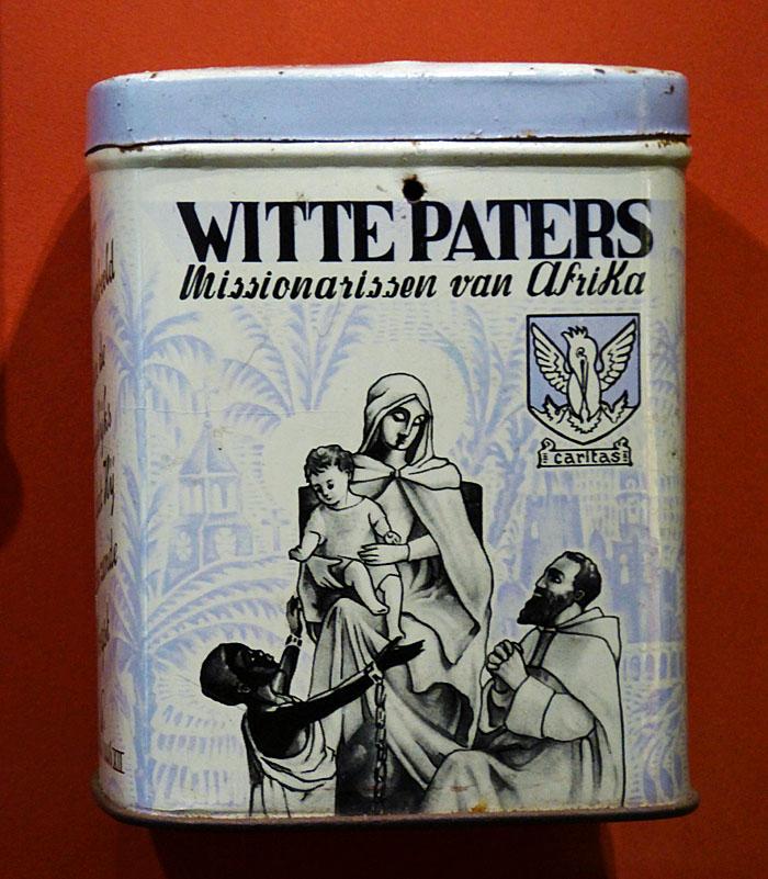 Foto van collectebusje voor missie van Witte Paters
