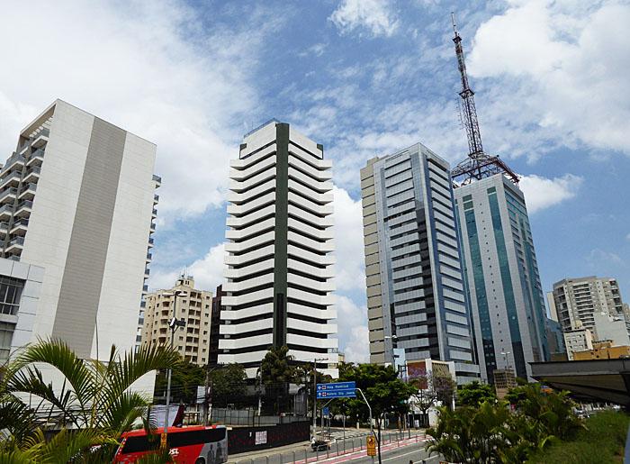 Foto va hoge gebouwen