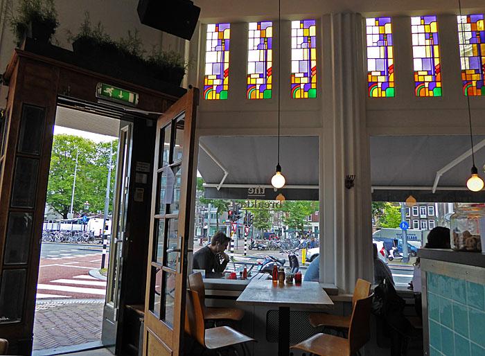 Foto van interieur koffiehuis