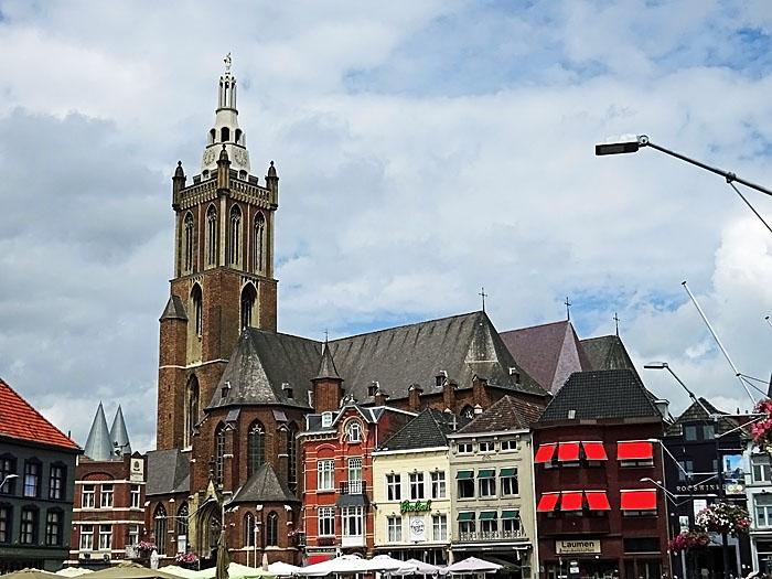 Foto kerk en panden