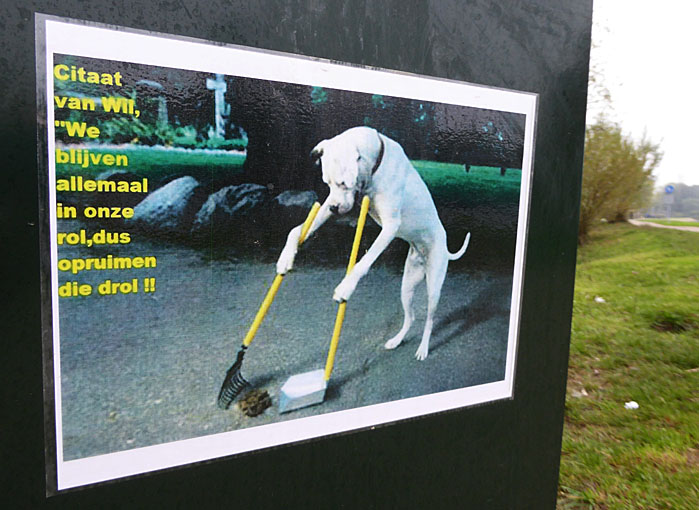 Foto van oproep tegen hondenpoep