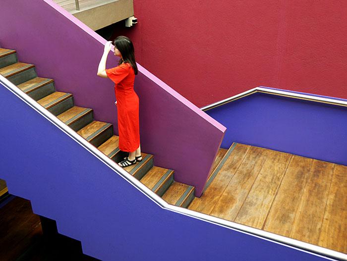 Foto van vrouw op trap