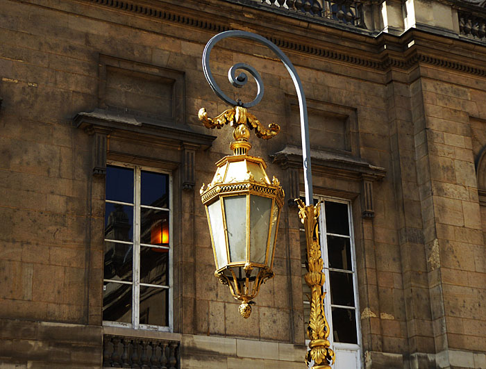 Foto van vergulde lantaarn
