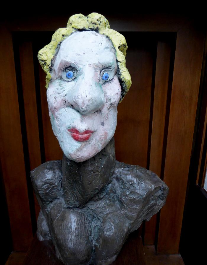 Foto van moderne buste van Mozart