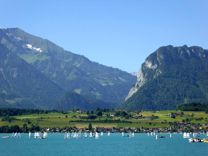 Foto van zeilboten op meer