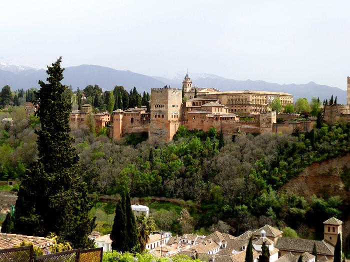 Foto van Alhambra van ver