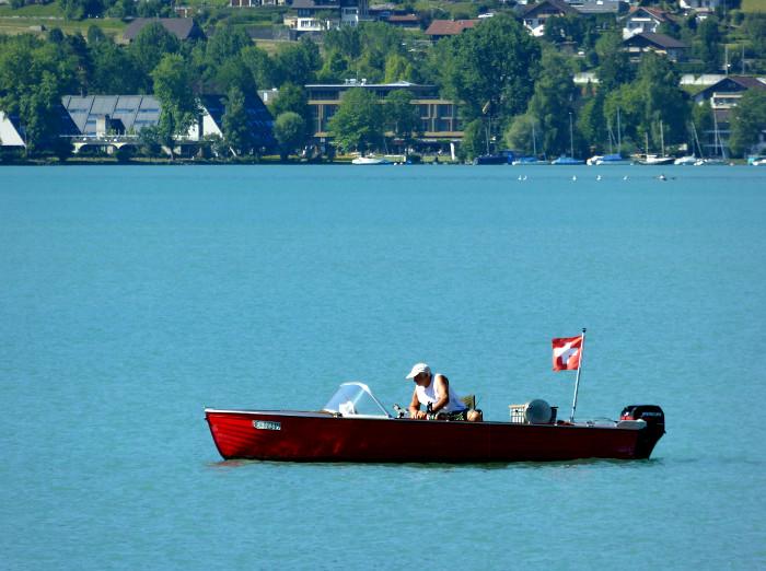 Foto van bootje op meer