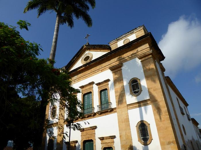 Foto van gevel kerk