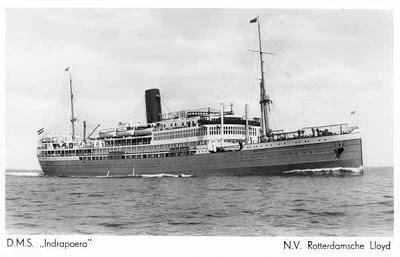 Foto van het schip op zee