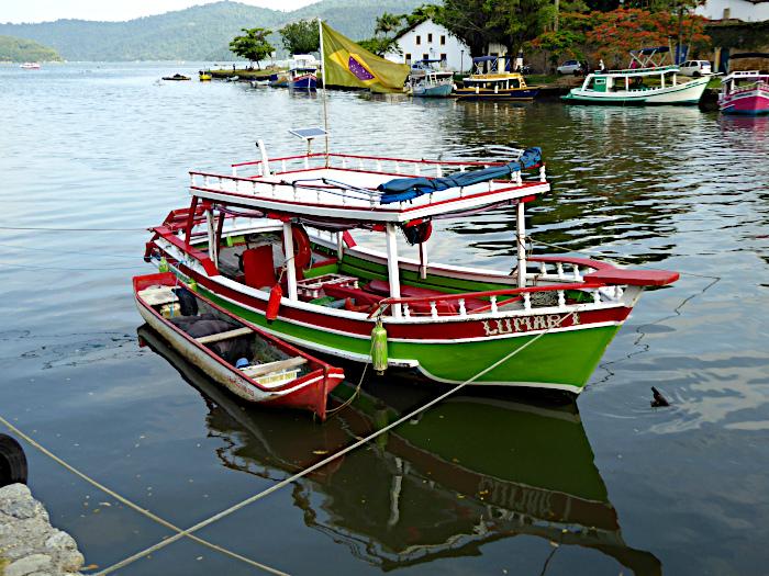 Foto van bootjes in baai