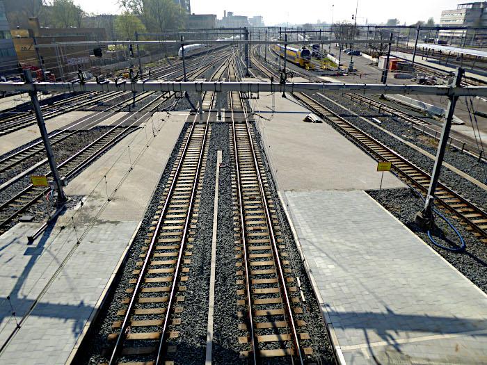 Foto van sporen en treinen