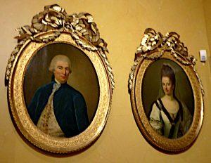 Foto van schilderijen van baron en barones