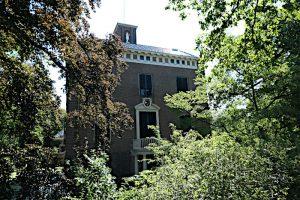 Foto van buitenhuis Gunterstein tussen groen