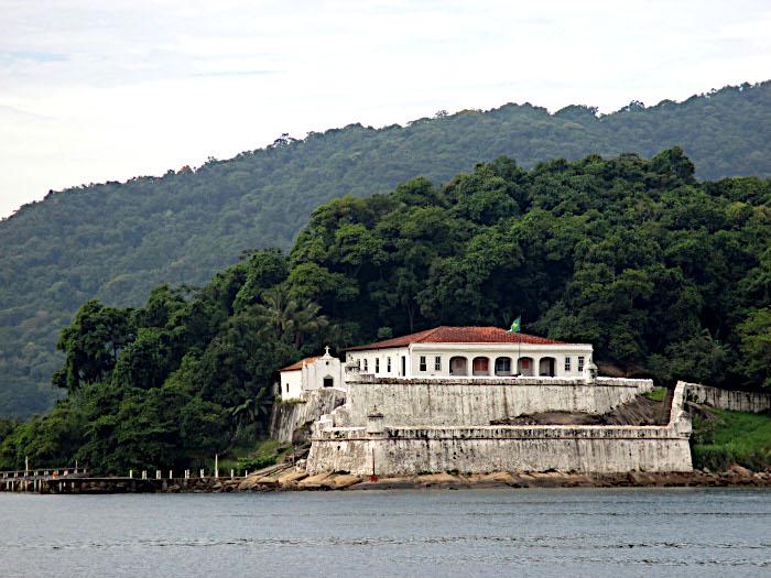 Foto van fort met kapel